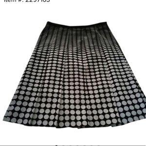Calvin Klein black and white plus size skirt